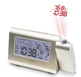 Clock projector with temperature display