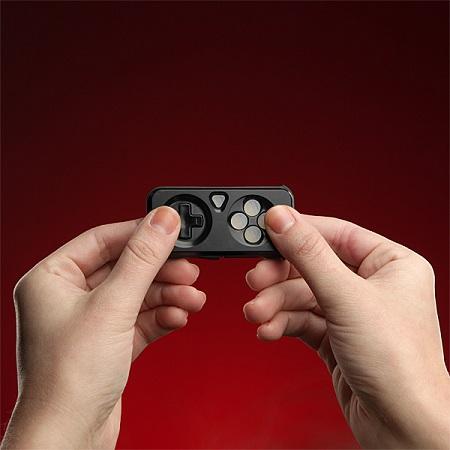 implulse_gaming_media_controller_in_hand