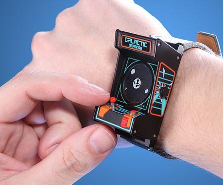 classic-arcade-watch