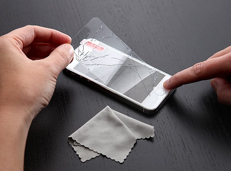 iPrank Cracked Screen Protector