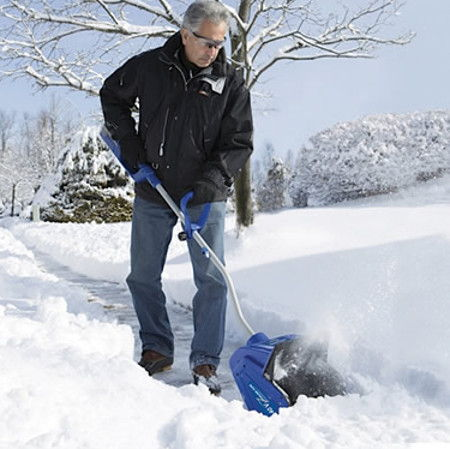 rechargeable-snow-shovel