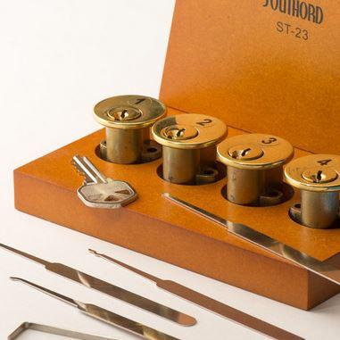 Lockpick in a box