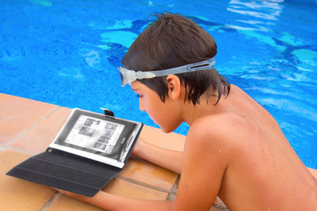 satechi-waterproof-tablet-case