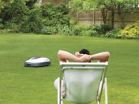 Miimo robot lawn mower