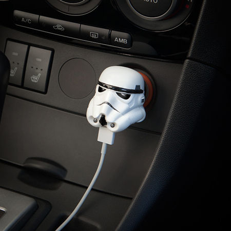 stormtrooper-usb-car-charger