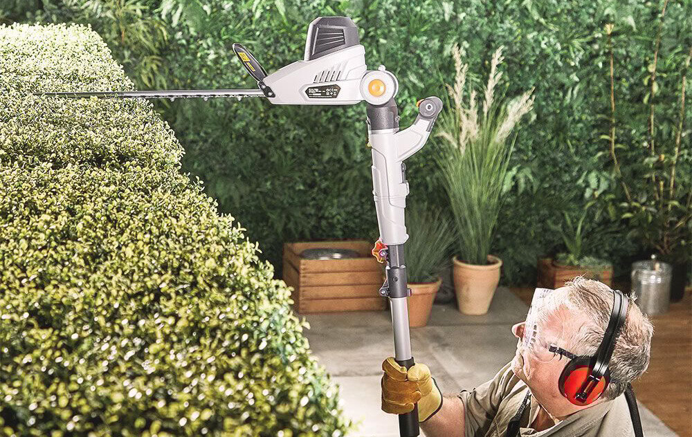 VonHaus Telescopic Hedge Trimmer
