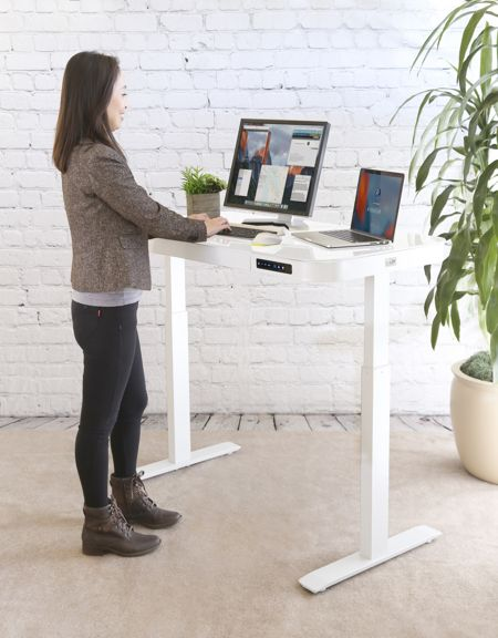 - airlift desk - AIRLIFT Tempered Glass Electric Standing Desk » Coolest Gadgets
