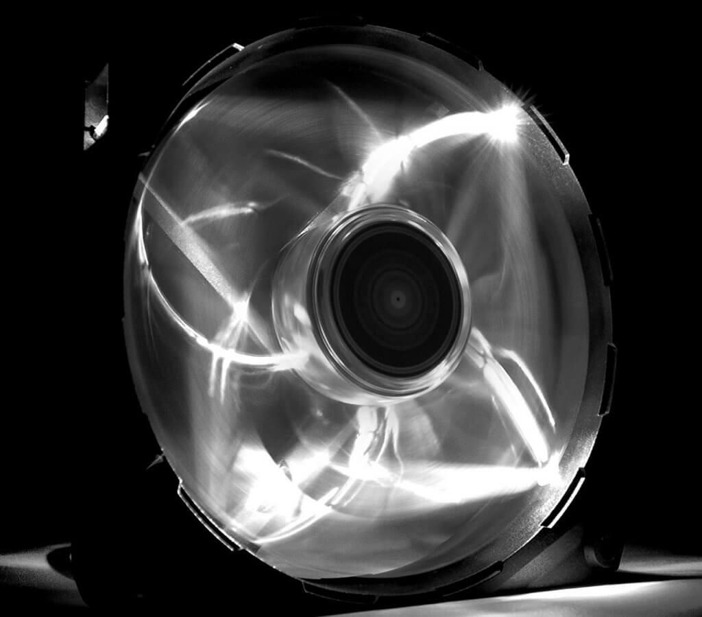 NZXT Technologies RF-FZ120-W1 spinning