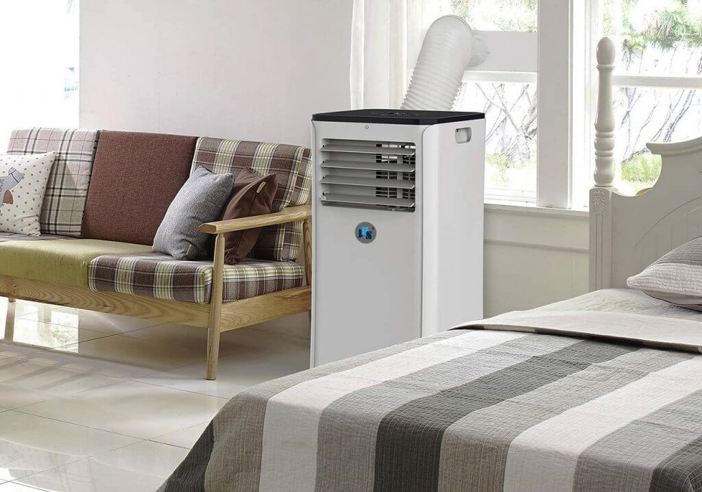 JHS 10,000 BTU Air Conditioner in bedroom