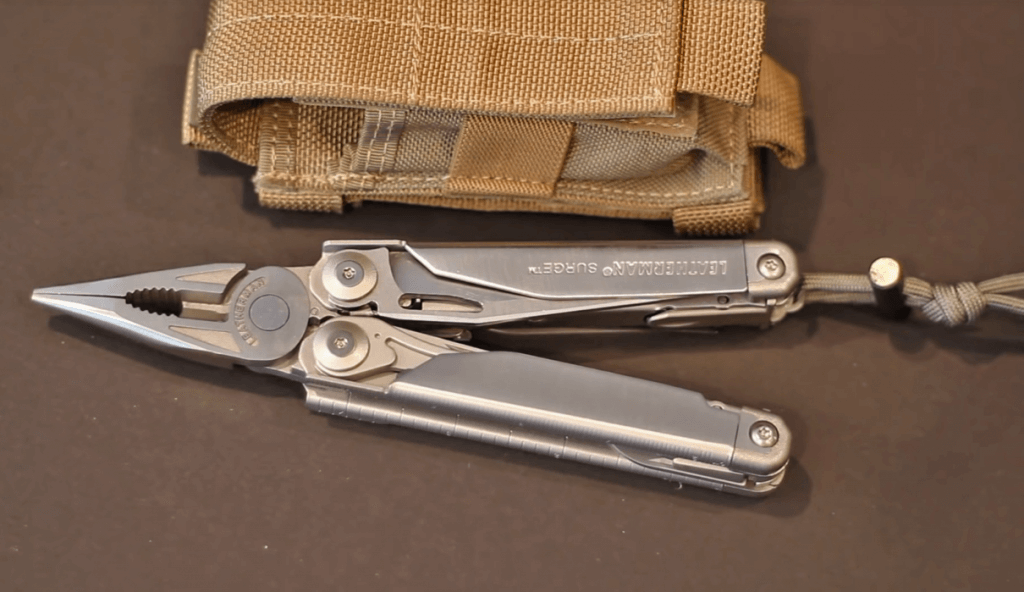 Leatherman Surge Multi-Tool in stainless steel