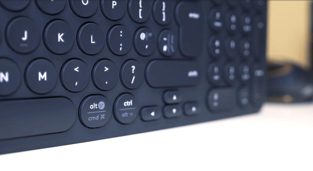 Logitech K780 keys close-up
