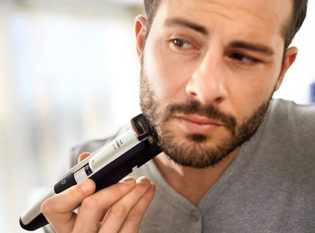 Somone shaving with the Philips Norelco Series 5100