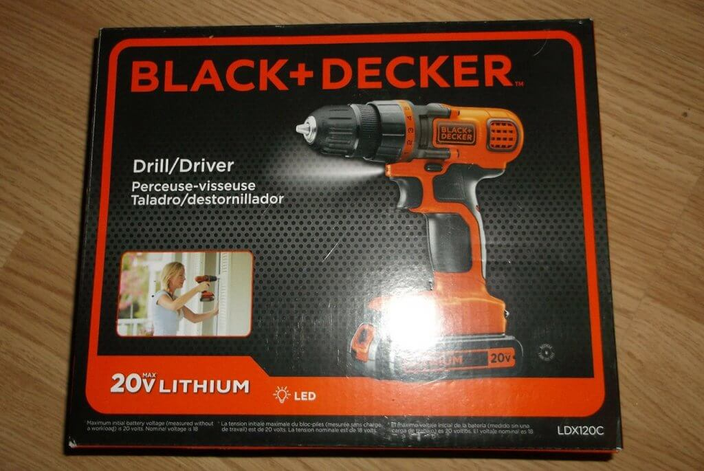 BLACK+DECKER 20V MAX Drill & Driver (LDX120C) box