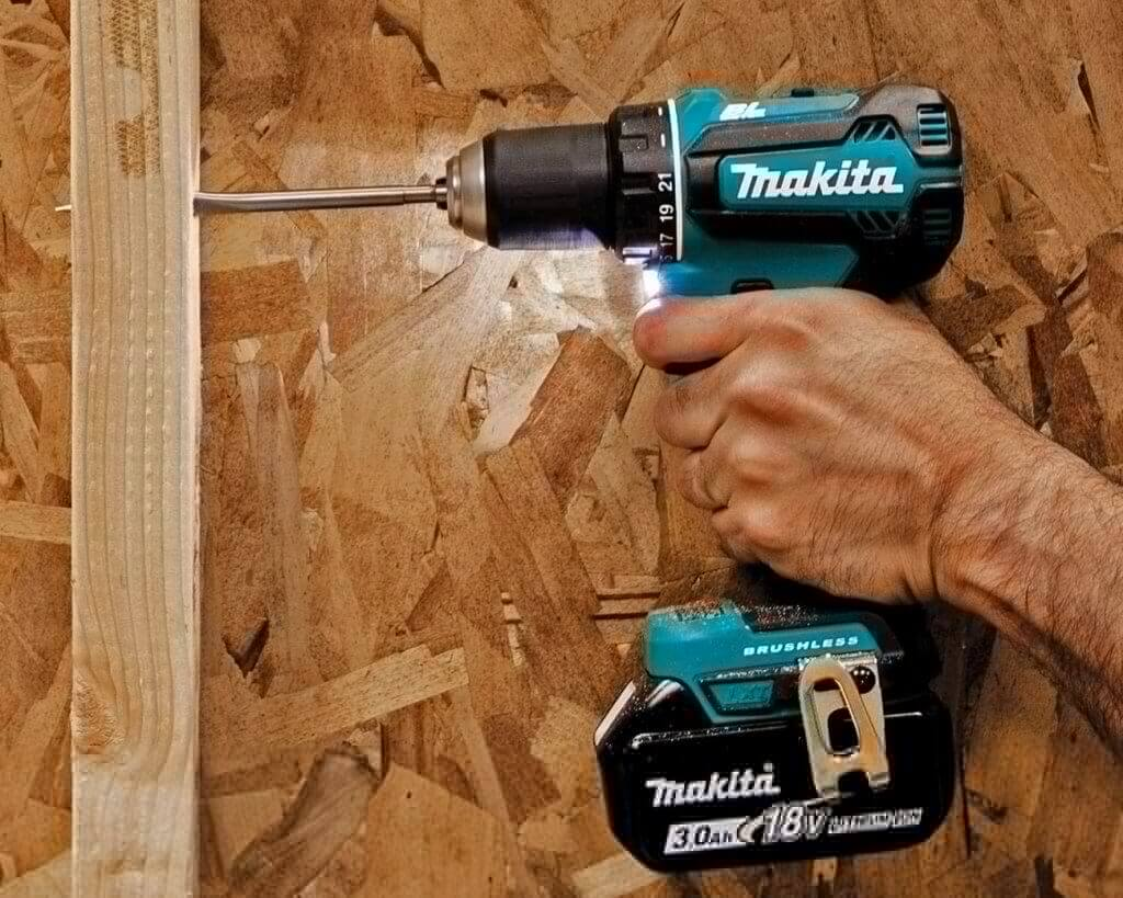 Makita 18V LXT Brushless Drill & Driver (XFD131) with LED light