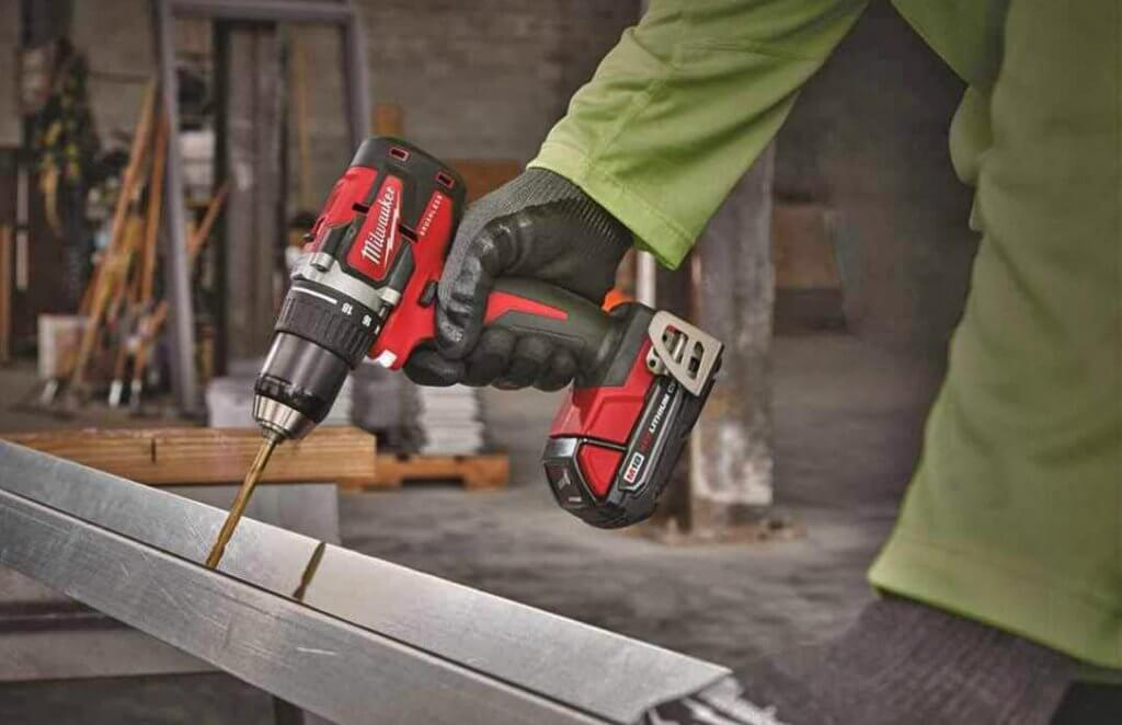 Milwaukee 18V Brushless Drill & Driver (M18 2801-20) on metal