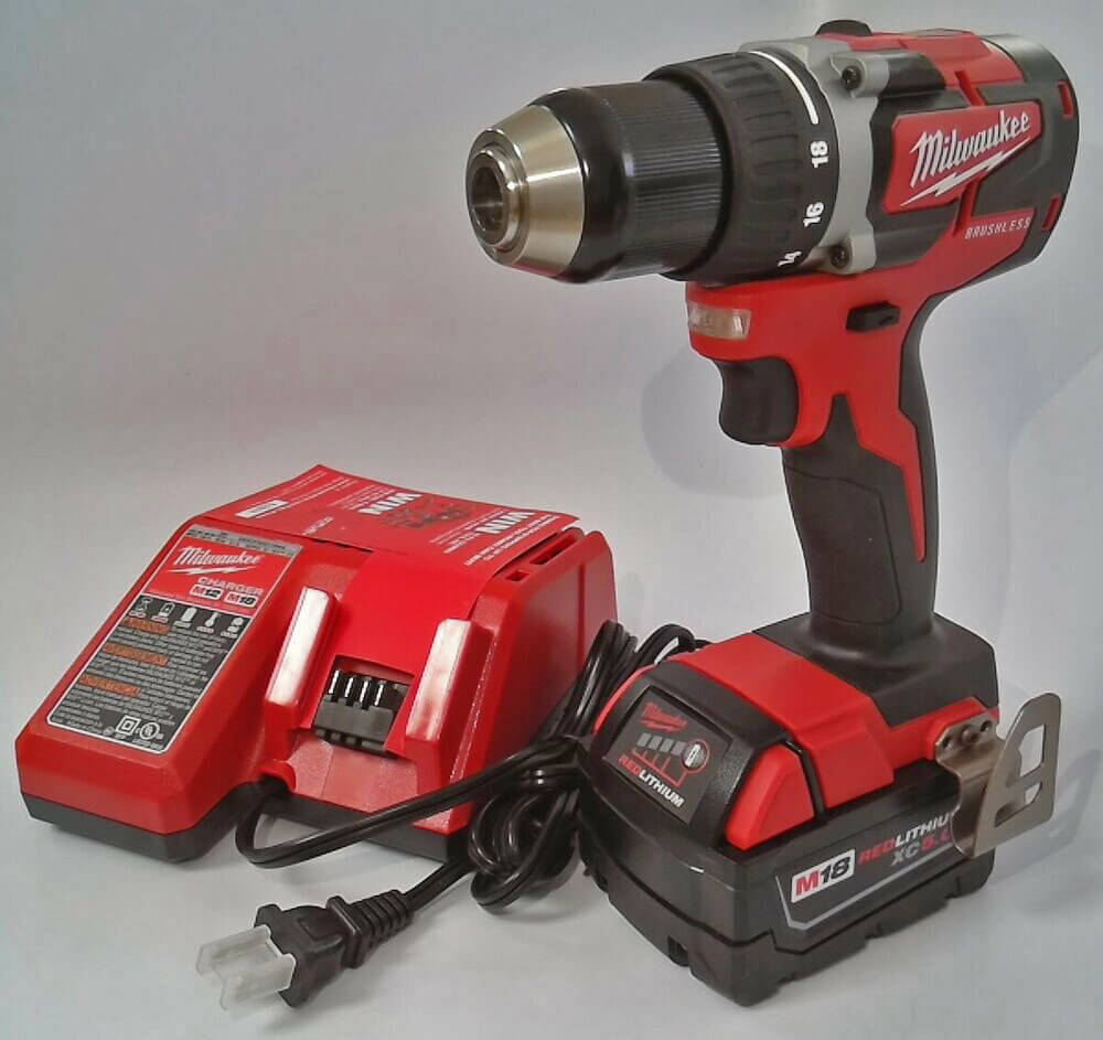 Milwaukee 18V Brushless Drill & Driver (M18 2801-20) unboxed