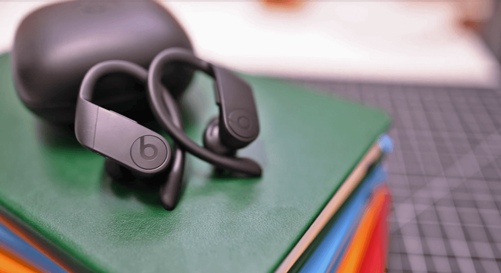 Powerbeats Pro Totally Wireless Earphones unboxed