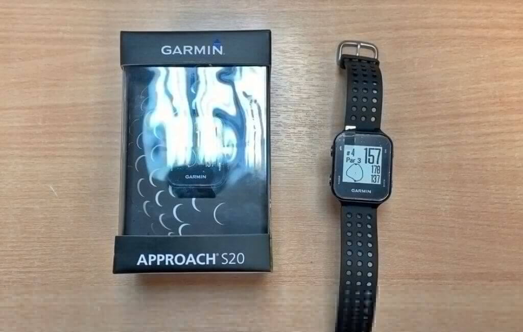 Garmin Approach S20 and box