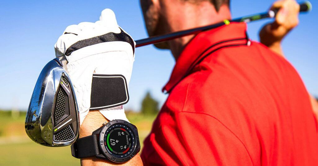 Garmin S60 worn by a golfer on the green