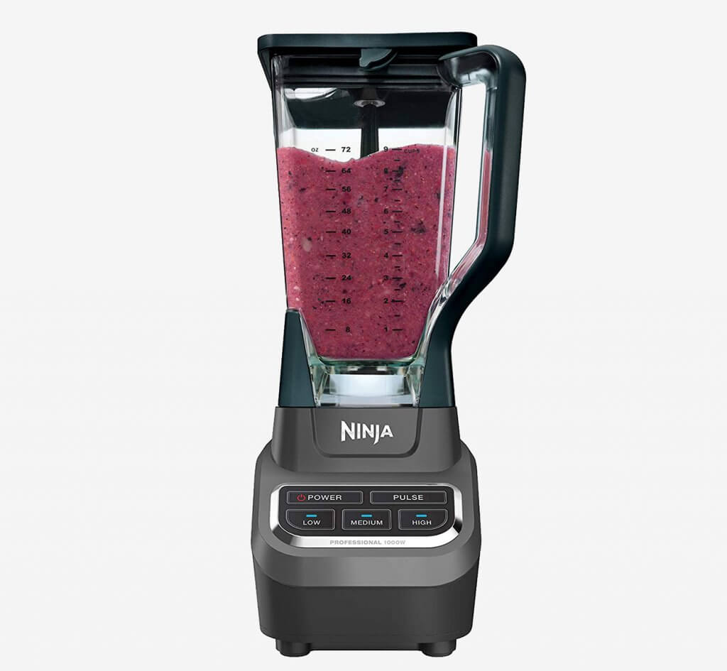 Ninja Professional BL610 used for a smoothie