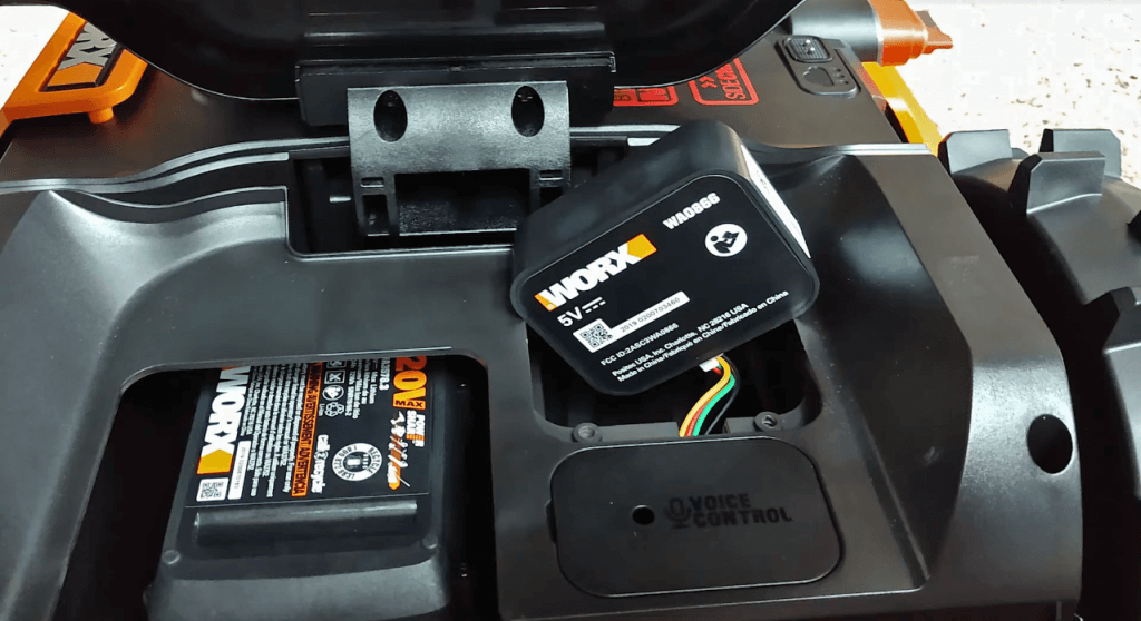 WORX Landroid WR150 battery
