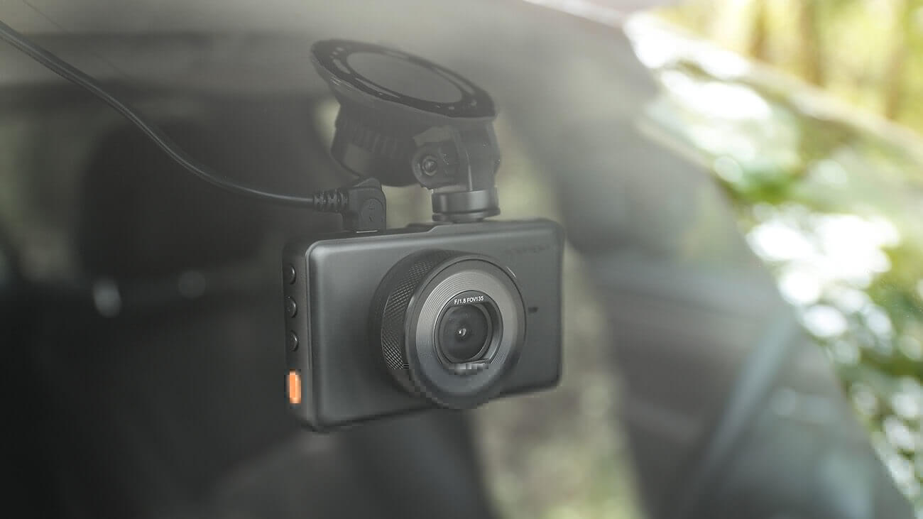APEMAN C450 Series A Dash Cam in the car