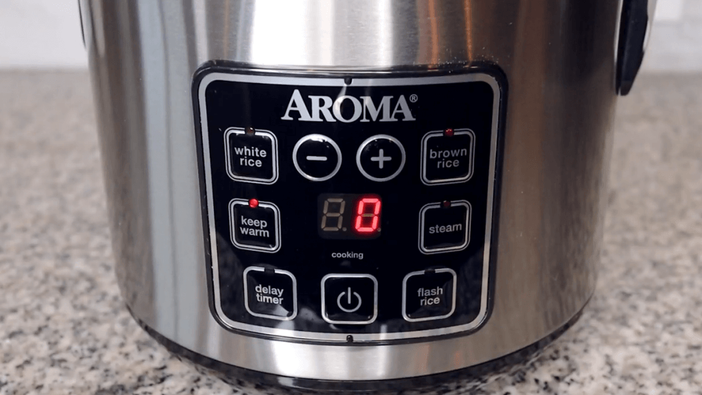 Aroma Housewares ARC-914SBD display