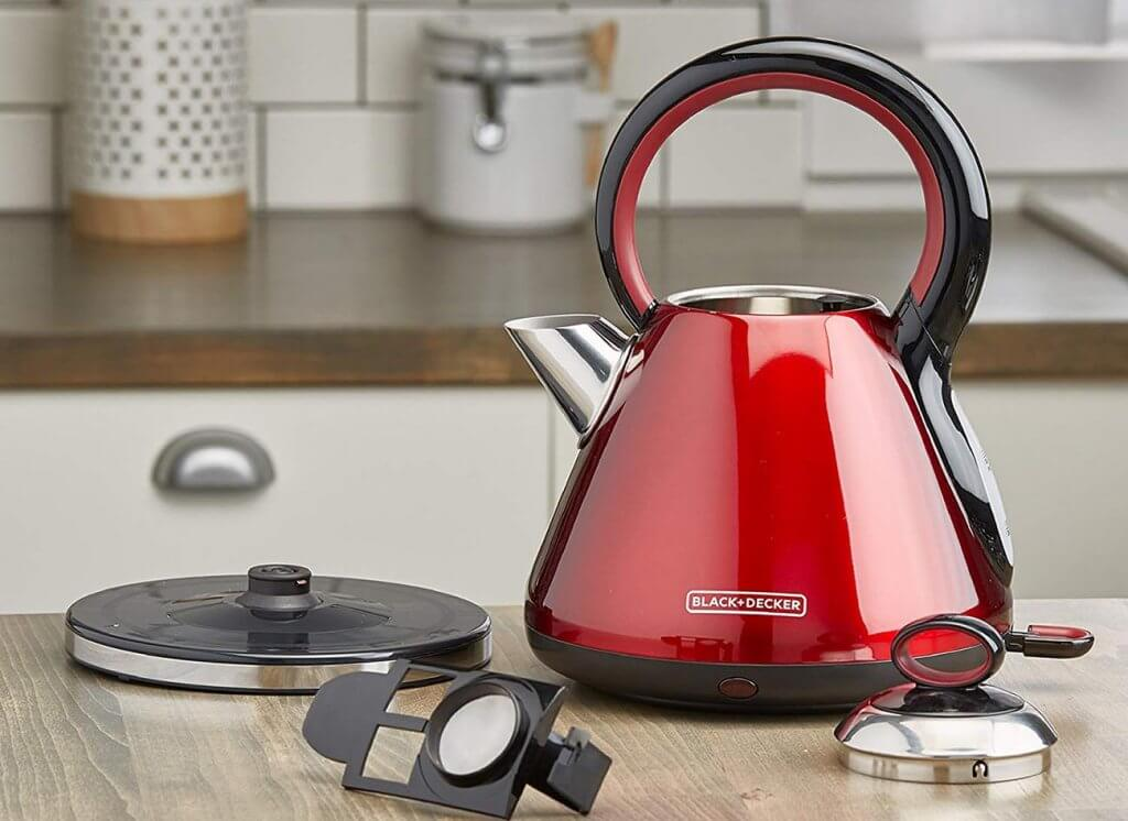 BLACK+DECKER Electric Cordless Kettle in the kitchen