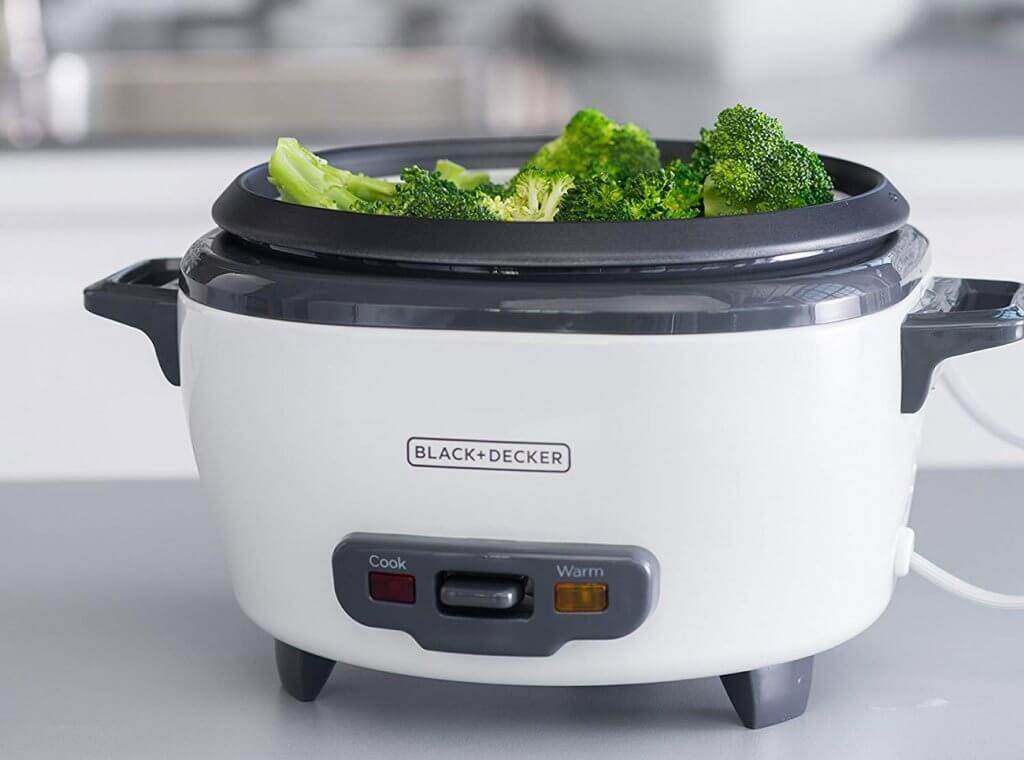BLACK+DECKER RC506 used for steaming vegetables