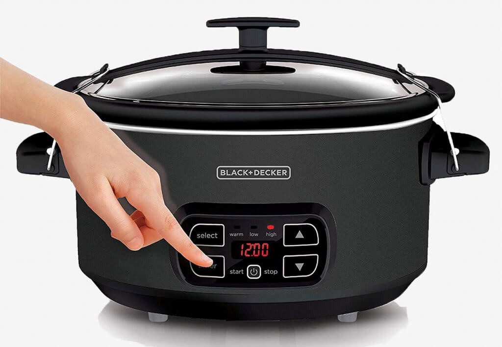 Display of the BLACK+DECKER Slow Cooker