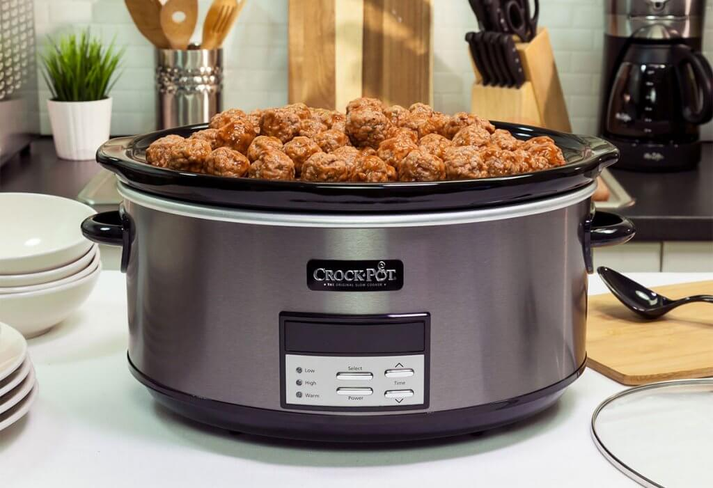 Crock-Pot Slow Cooker used to prepare meat balls