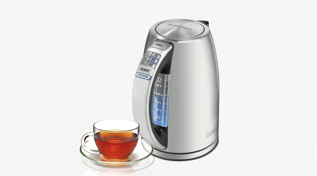 Cuisinart CPK-17 PerfecTemp and a cup of fresh tea