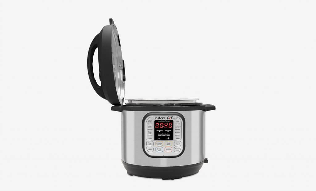 INSTANT POT DUO60 with open lid
