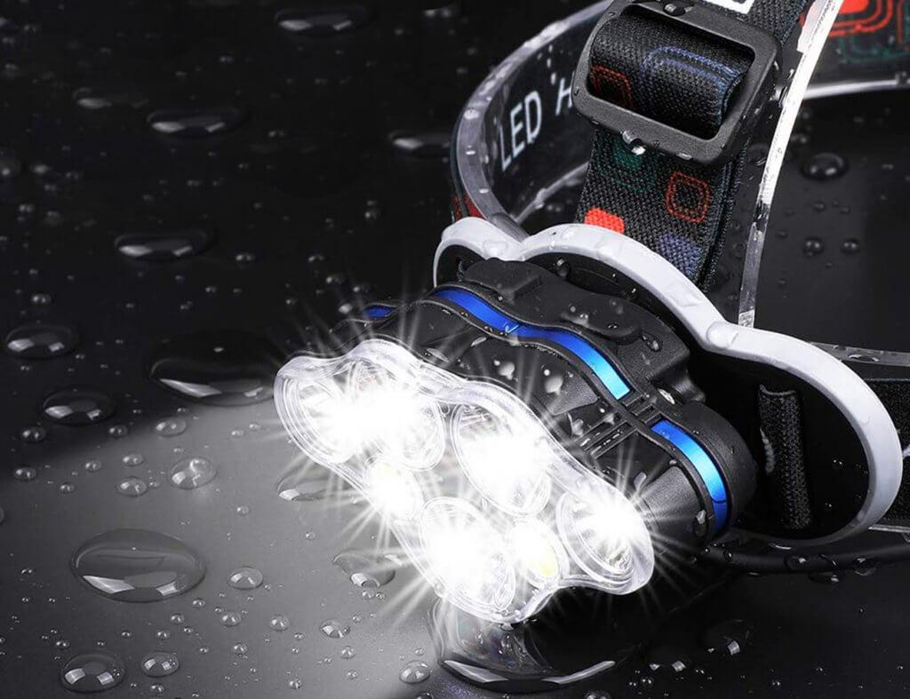 MOICO 7-LED Headlampmp in the dark