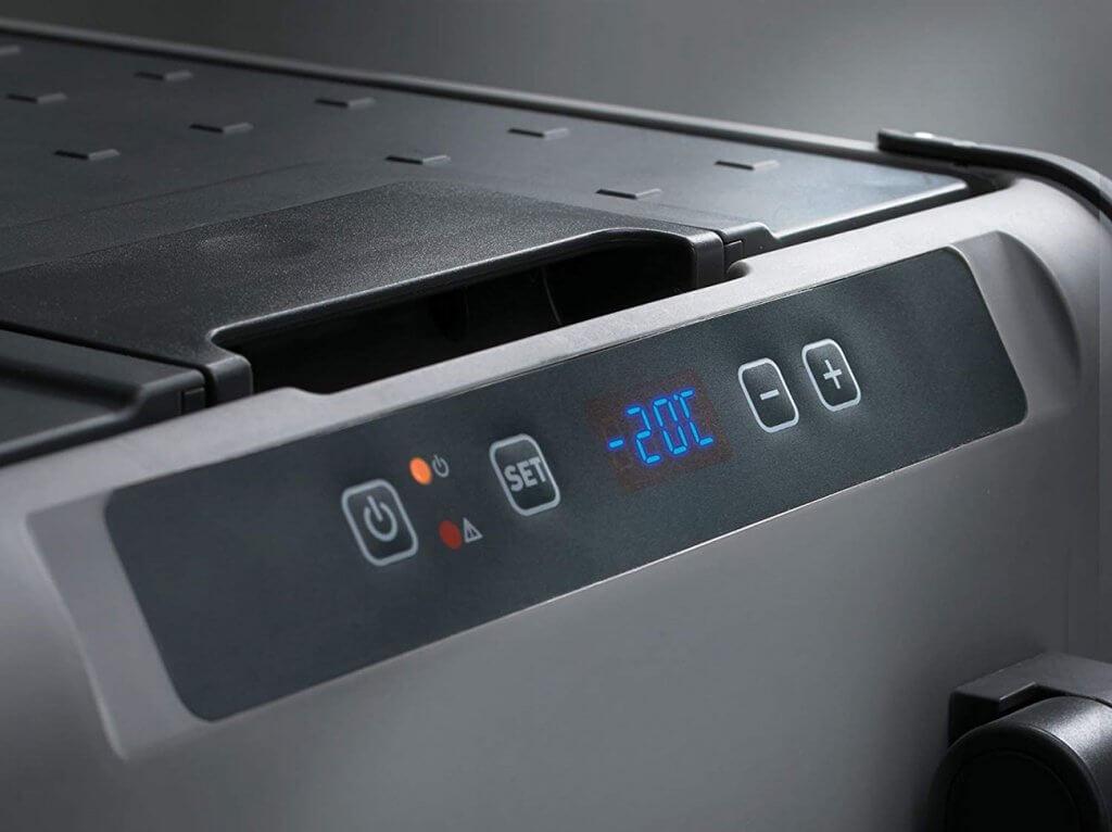 Dometic CFX 40W Cooler close-up of display