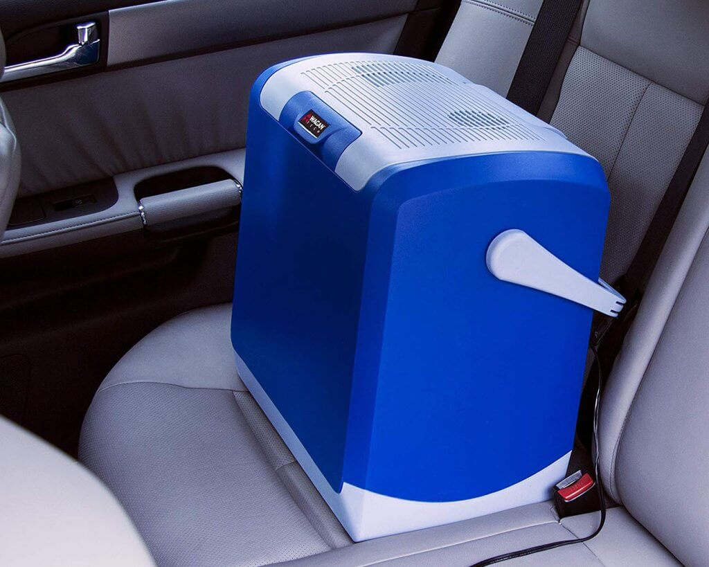 Wagan EL6224 Electric Car Cooler and Warmer in a car