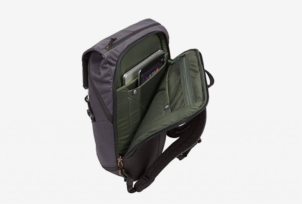 Thule Unisex Vea Backpack Open