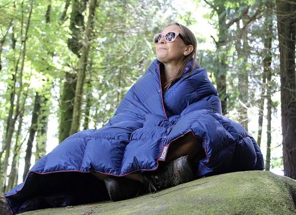 Horizon Hound Down Camping Blanket in the outdoors