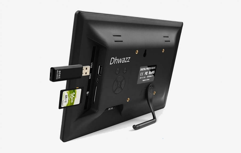 Dhwazz 10.5 Inch Digital Photo Frame