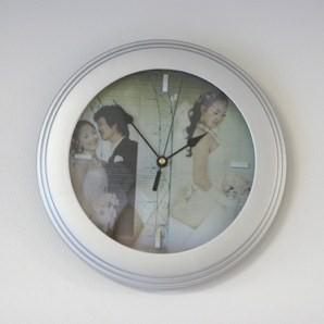 Clock-i